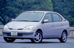 世界や日本を驚かせた画期的な「90年代のトヨタ車」8選