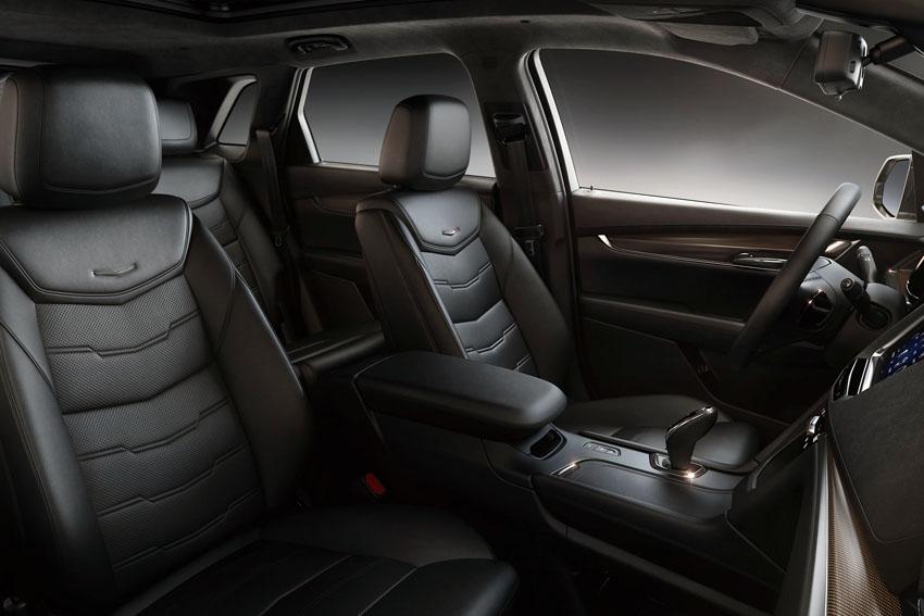 GM 限定モデル「キャデラック XT5 クロスオーバー SPORT EDITION」発売