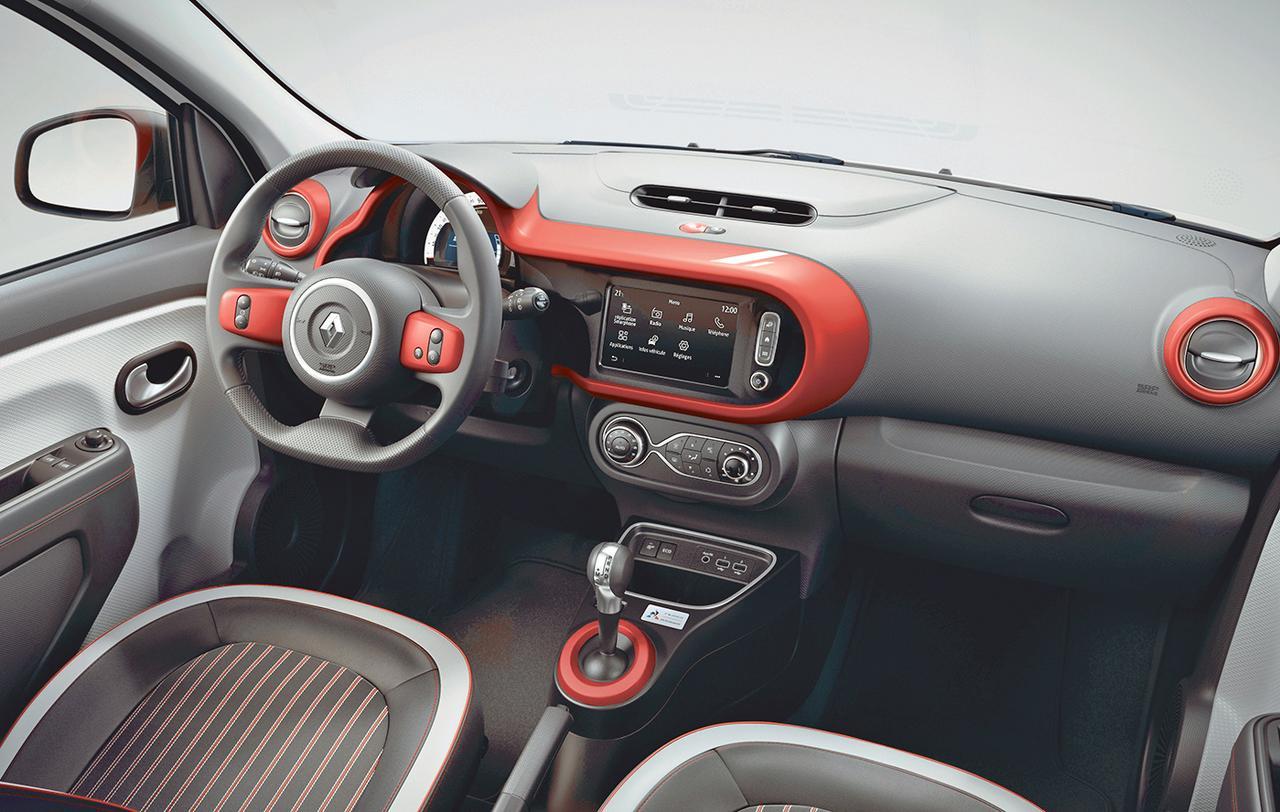 ルノー トゥインゴがマイナーチェンジ。「ルコックスポルティフ」とコラボした限定車も発売