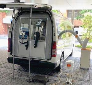 豊田合成、PCR検査専用車を開発 東京都医師会へ提供 医療機器のノウハウ活用