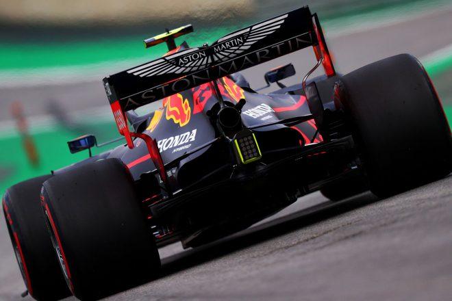 レーシングポイントF1とアストンマーティンに提携の可能性も。ストロール父が自動車業界への投資に関心