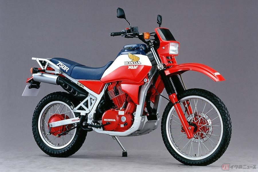 パリダカ挑戦初期に限定発売された「XLV750R」はワークスカラーを纏ったホンダの意欲作だった!?