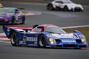 「トリコロールカラー」は日産レーシングカーの象徴!赤・白・青の組み合わせを辞めてしまった理由とは