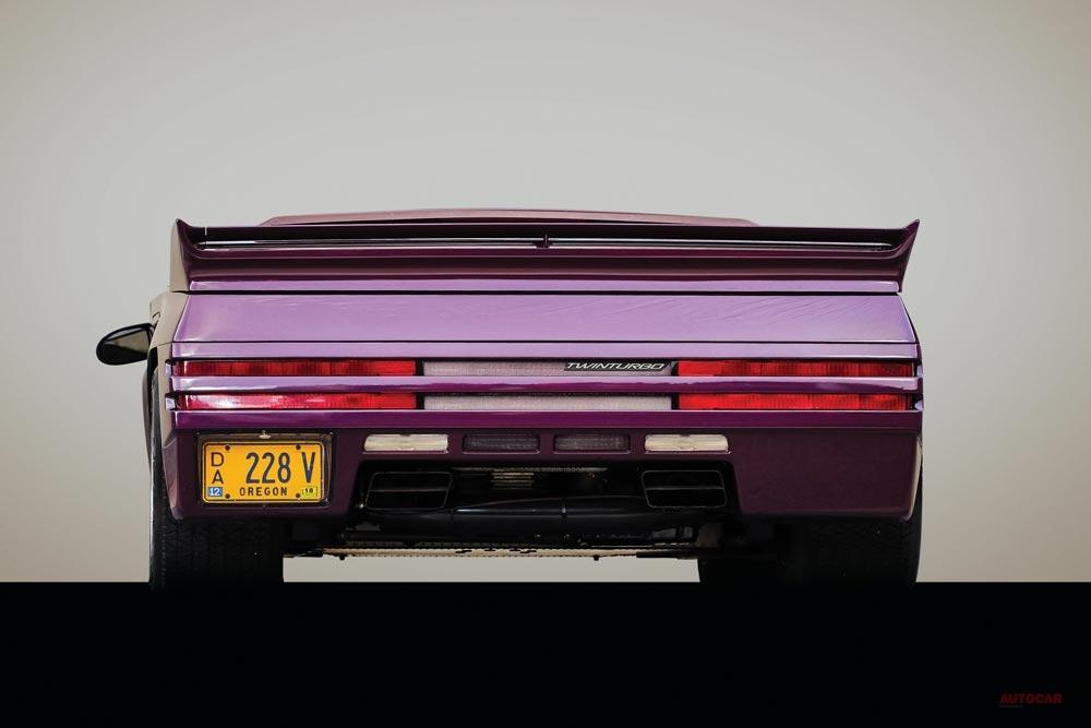 【ワンオーナー】米製スーパーカー「ヴェクターW8」に7956万円 RMサザビーズ・オークション