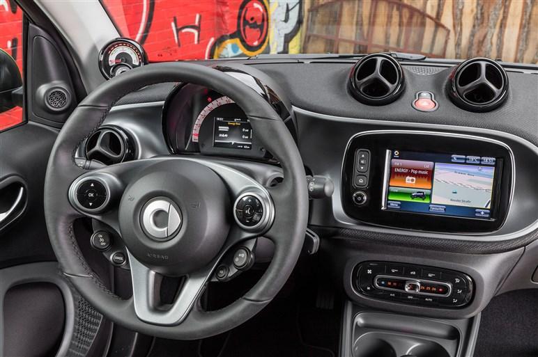 新型スマート エレクトリック ドライブ試乗。巻き返しなるか?
