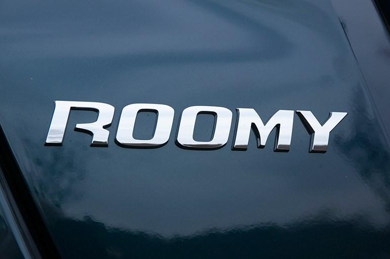 3社共通の背高&後席スライドドア車トール・タンク・ルーミーの完成度