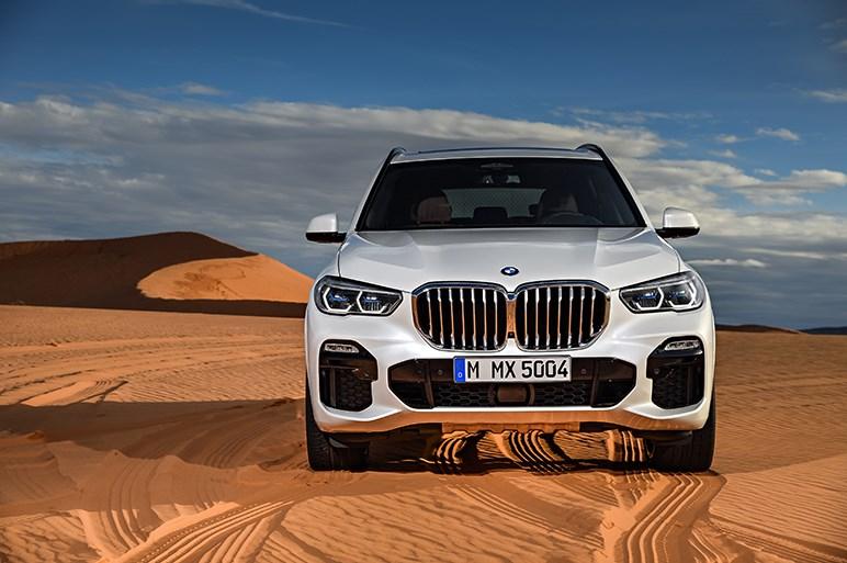 BMW、X5をフルモデルチェンジ。デザインはキープコンセプトも大型化