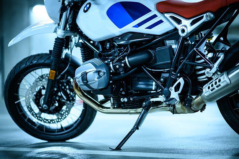 四半世紀の時を超えて復活した、現代のゲレンデ/シュポルト! ── BMW R nine T アーバンG/S試乗記