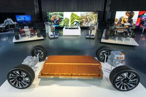 GM:新型バッテリー「アルティウム」搭載次世代グローバルEVプラットフォームを発表