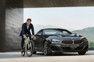 BMWがイタリアの大手自転車メーカー「T3」とコラボしたラグジュアリーなグラベル用ロードバイクを発売!