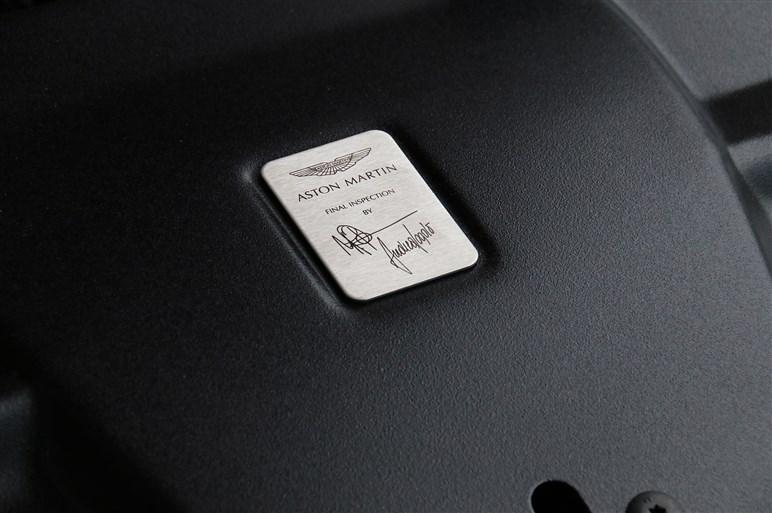 ヴァンキッシュザガート日本上陸、ヴァンテージGT8も発売