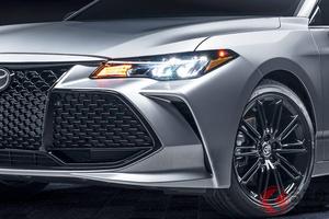 顔が全部クチ!? トヨタ最高級セダン「アバロン」刷新! イカす新モデル&初の4WDを設定へ
