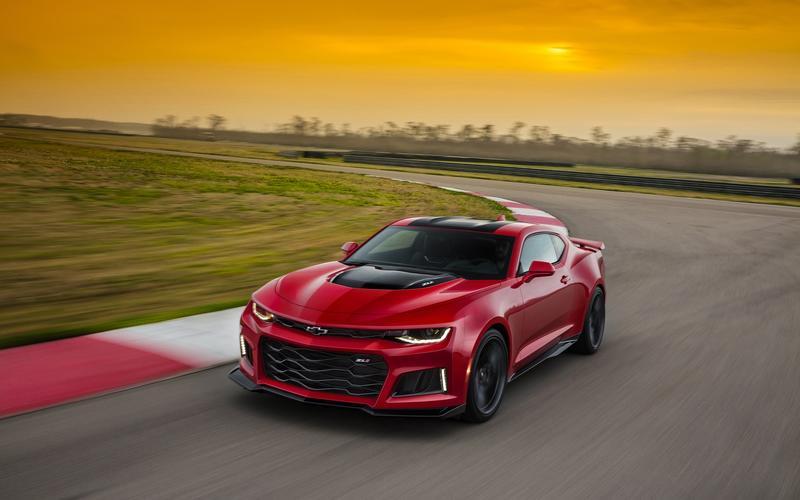 【パワーこそすべて】大排気量V8エンジン アメリカン・マッスルカーの歴史