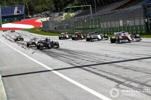 """ルイス・ハミルトン、F1に提言「同一サーキット連続開催なら、もっと""""クリエイティブ""""になるべき」"""