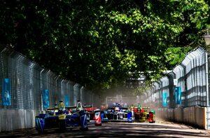 2016年ロンドンe-Prix、初めての電気自動車レースは退屈でも、今後に期待【日本のレース通サム・コリンズの忘れられない1戦】