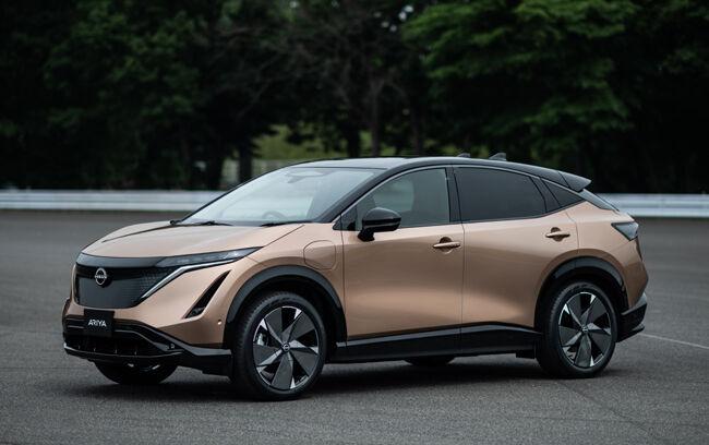 日産が100%電気自動車の新世代クロスオーバーEV「アリア」を発表
