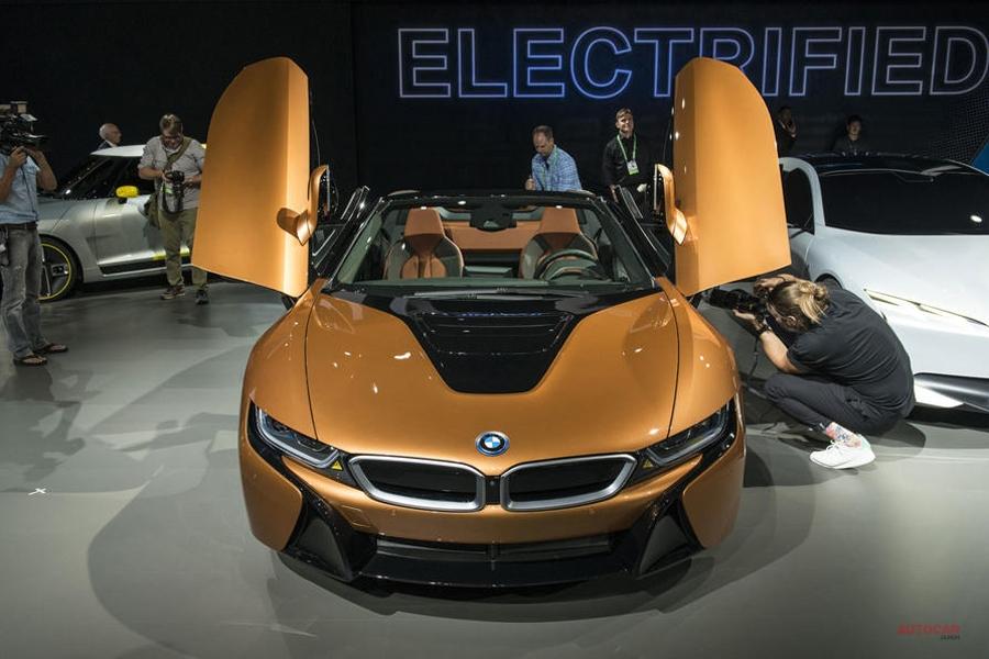BMW 9シリーズ? 8シリーズに続くラグジュアリーモデル、幹部が示唆