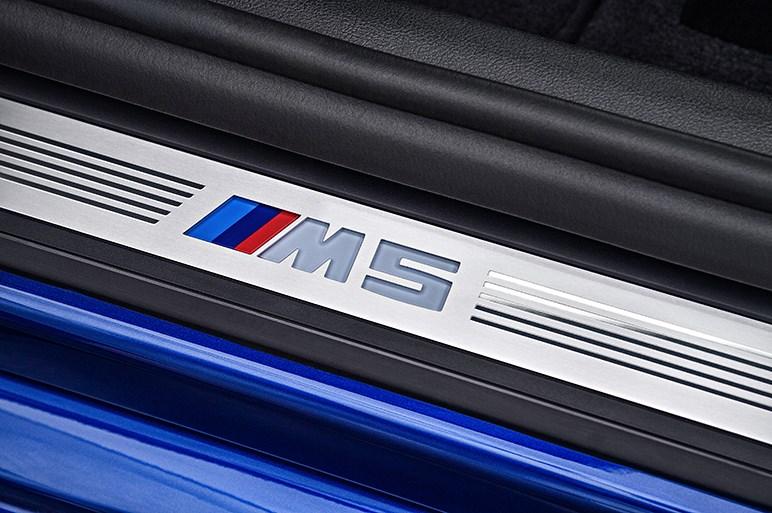 Mセダン初のAWD・新型M5の海外試乗で8速ATと快適性に驚く