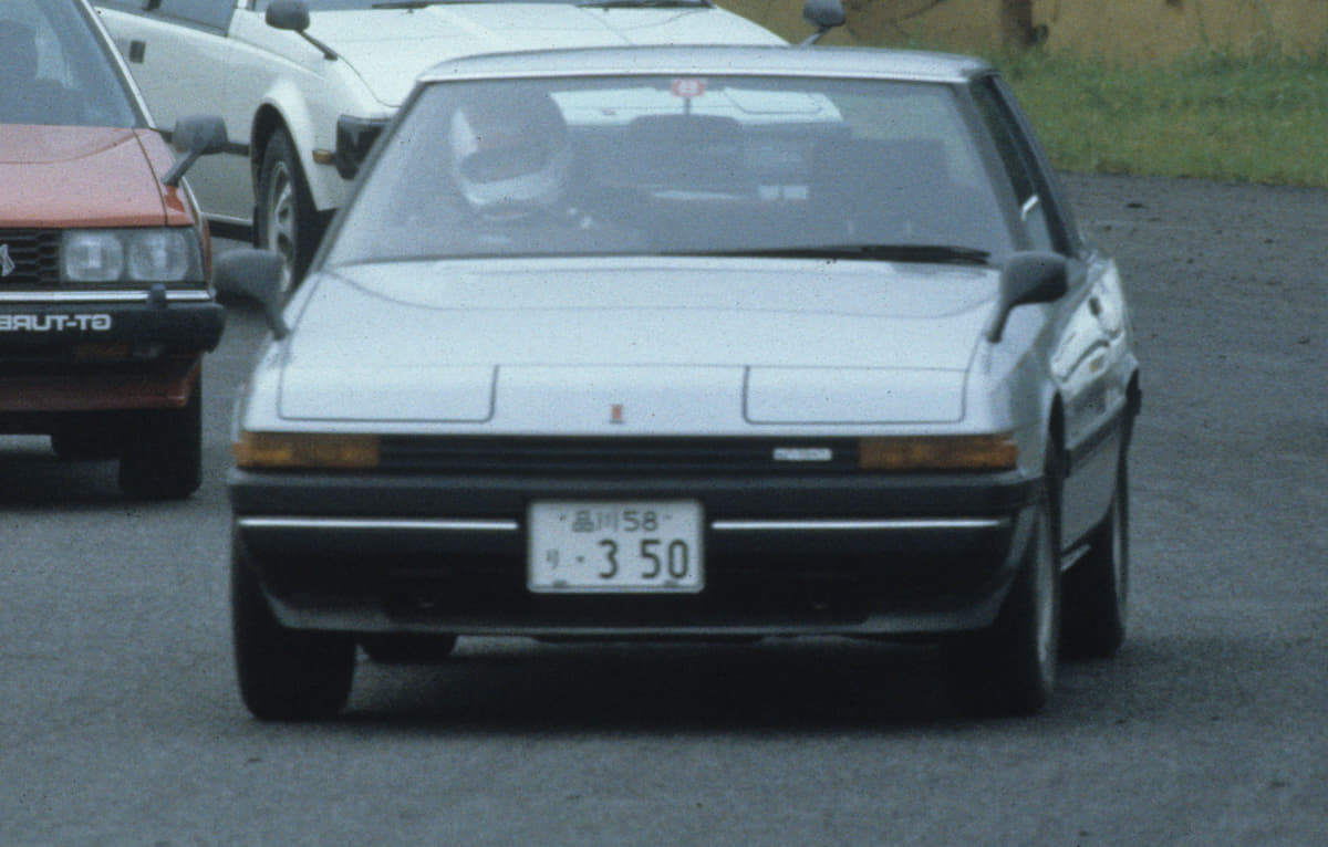 消滅したスポーツカーの代名詞「リトラクタブルライト」を採用した変わり種なクルマ5選