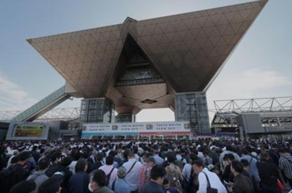 12日間で30万900人来場!自動運転の体験試乗やe-Motorsportsなど新プログラムで盛り上がりを見せた「東京モーターショー2019」