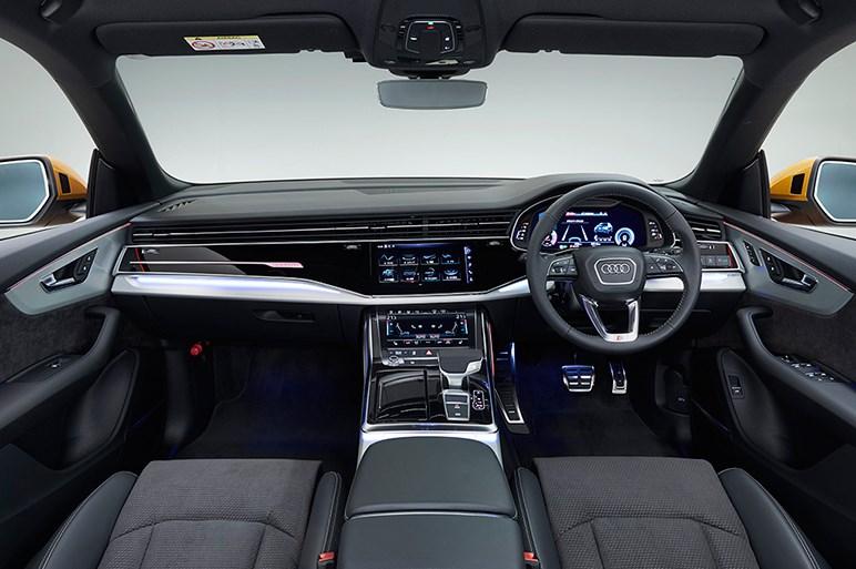 アウディの最上級SUV「Q8」は後席もラゲッジもしっかり使えるSUVクーペだった
