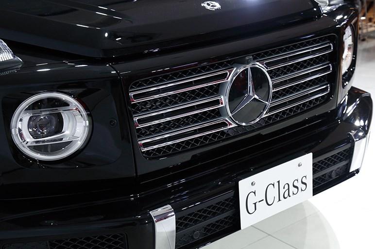 メルセデスが新型Gクラスを発表。伝統のフォルムを継承しつつ大幅進化