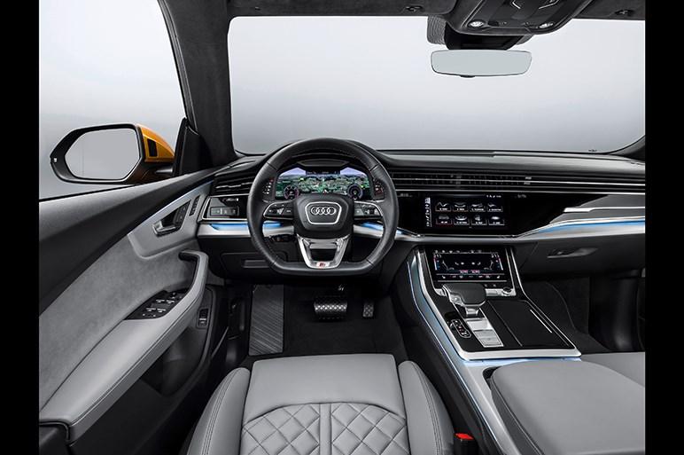 アウディ、新型SUV「Q8」を発表。グリルは80年代の名車がモチーフ