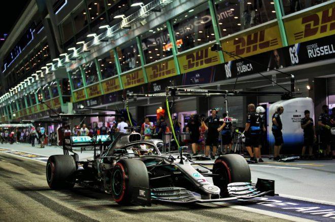 F1シンガポールGP FP2:トップはハミルトン、僅差でフェルスタッペンが追随。フェラーリ勢はペースが伸びず