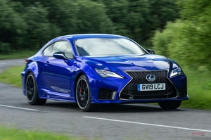希少価値の5.0L自然吸気V8 レクサスRC Fへ試乗 気になるATと車重