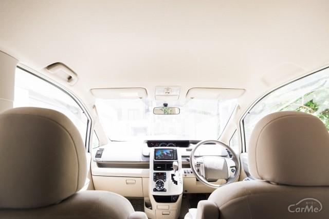 車中飯派に朗報!車中泊でも活躍する車用テーブルおすすめ15選!