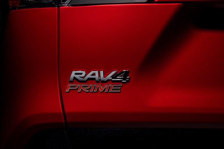 トヨタ、LAショーでRAV4のプラグインハイブリッド車「RAV4 プライム」を世界初披露