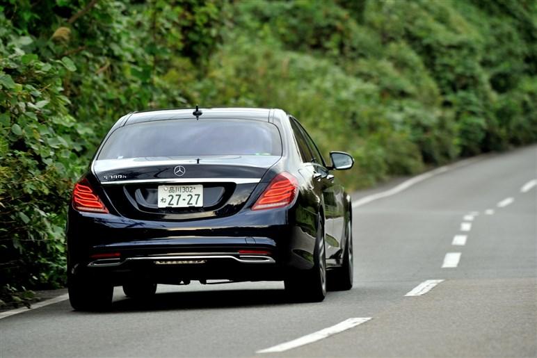 燃費20km/L超・998万円のS300hは本当にSクラスのベストバイか?