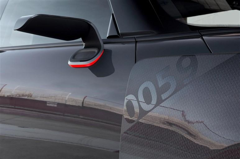 "MINI、公道を走るレースカー""GP""のコンセプトカーをNYショーで披露"