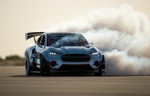 1400馬力の怪物EV! フォードが「マスタング・マッハE」のレーシング仕様を製作