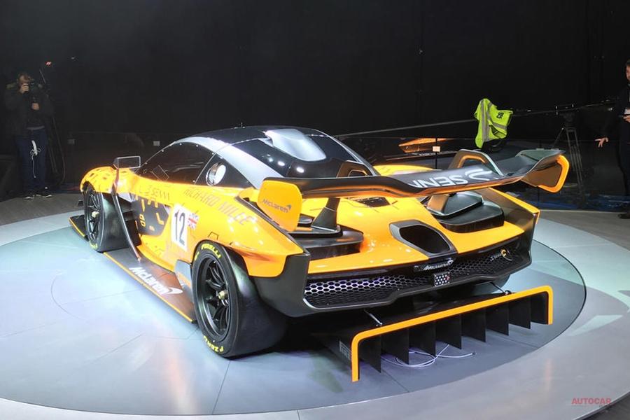マクラーレン・セナGTR ダウンフォースは1t サスはGT3レーシング用