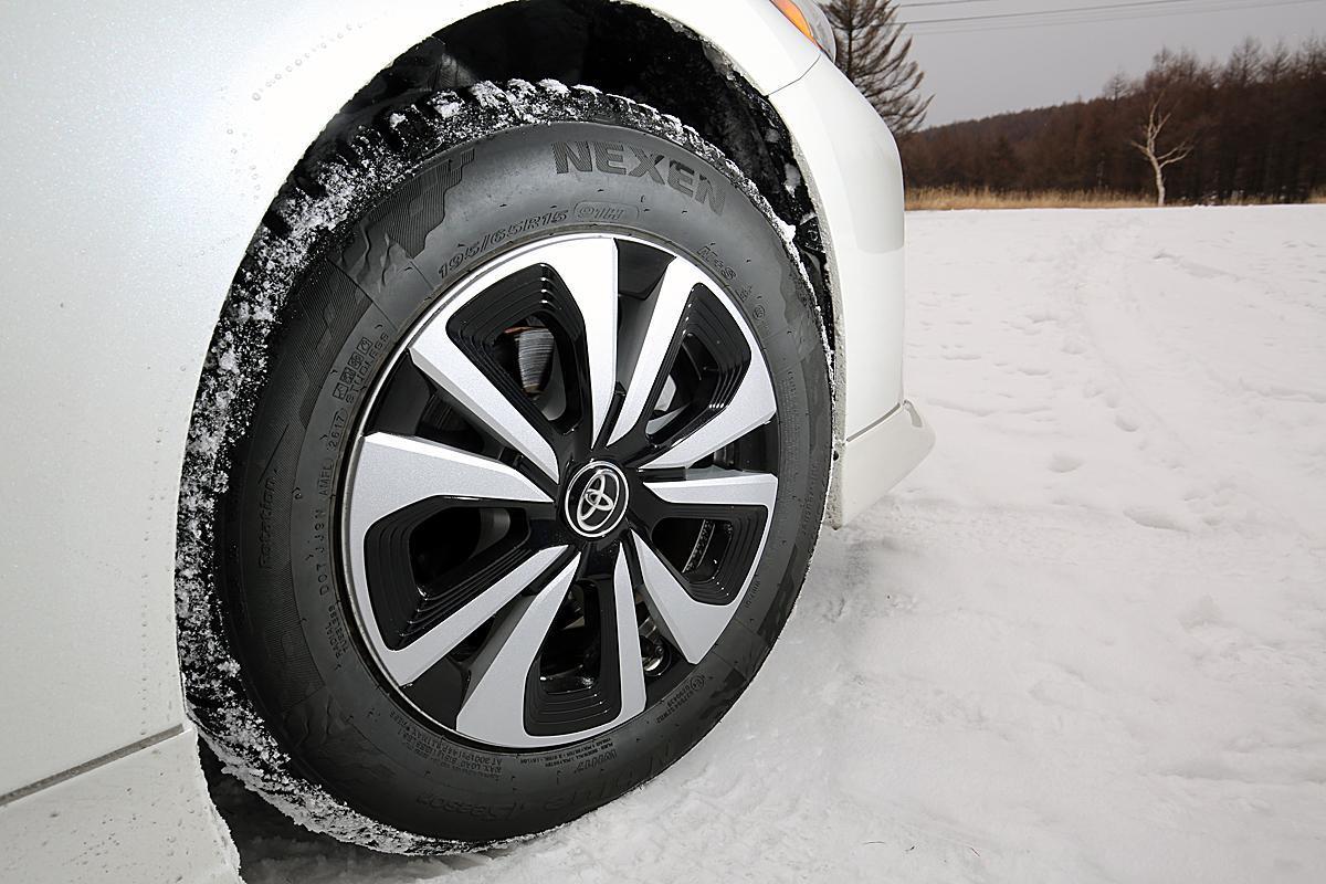 レーシングドライバーが指摘! 夏も雪道も使える「オールシーズンタイヤ」が万能じゃない理由と履いてもよいケース
