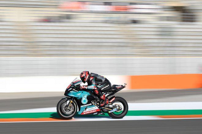 MotoGPバレンシアGP:クアルタラロの勢い止まらずポール獲得。マルケスは0.032秒差の2番グリッド