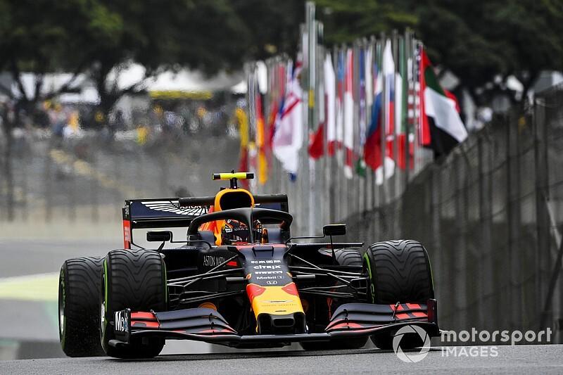 F1ブラジルFP1速報:レッドブル・ホンダのアルボンがトップタイムも終盤にクラッシュ。フェルスタッペンはノータイム