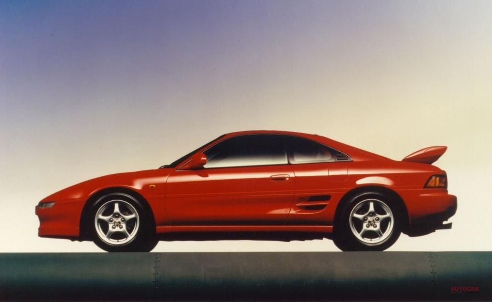 ライバルなき孤高のミドシップ トヨタMR2(SW20) 車格、質感ともに高まった2代目