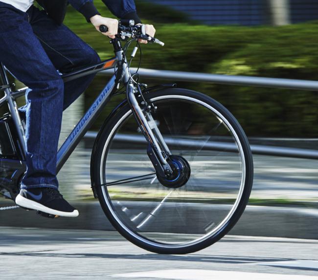 通勤・通学にも安心の傷害保険と3年間の盗難補償付き!コスパも高いブリヂストンの電動クロスバイク「TB1e」