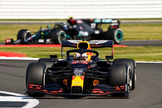 レッドブルのホーナー代表「同じ戦略を採るチームがいなかったことに驚いた」/F1第5戦決勝会見