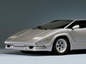 【スーパーカー人気ランキング】第7位「ランボルギーニ カウンタックの歴代モデル」を振り返る