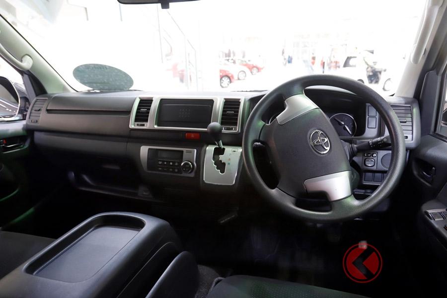 軽トラとハイエースの中間サイズ!? トヨタの丁度いい小型商用車「ライトエース」はどんな車?