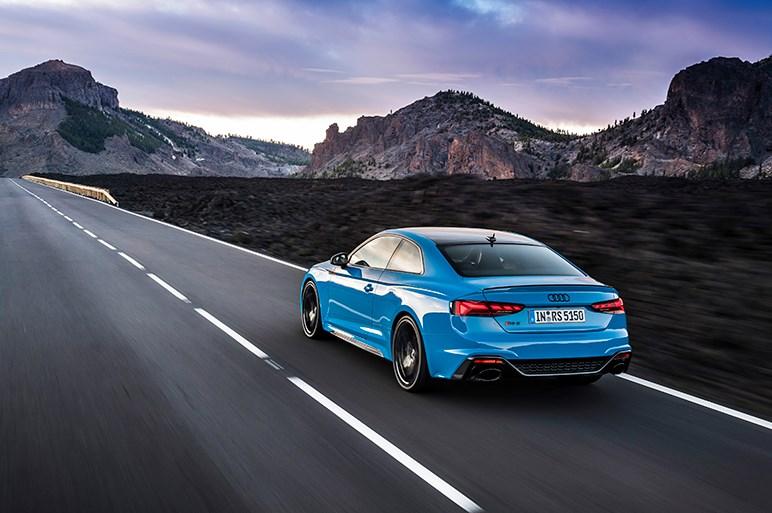 アウディ、RS5の改良モデルを本国で発表。内外装がグレードアップ