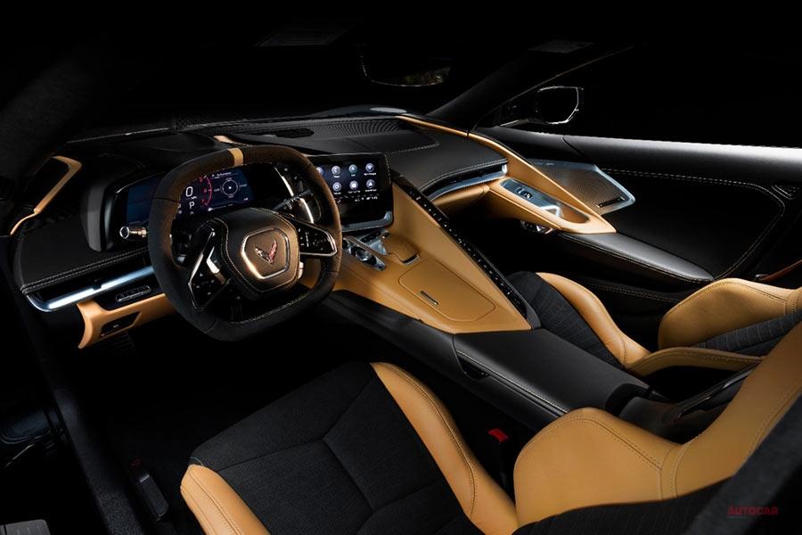 新型シボレー・コルベット(C8) 右ハンドル車を設定、日本導入へ 内装/エンジン
