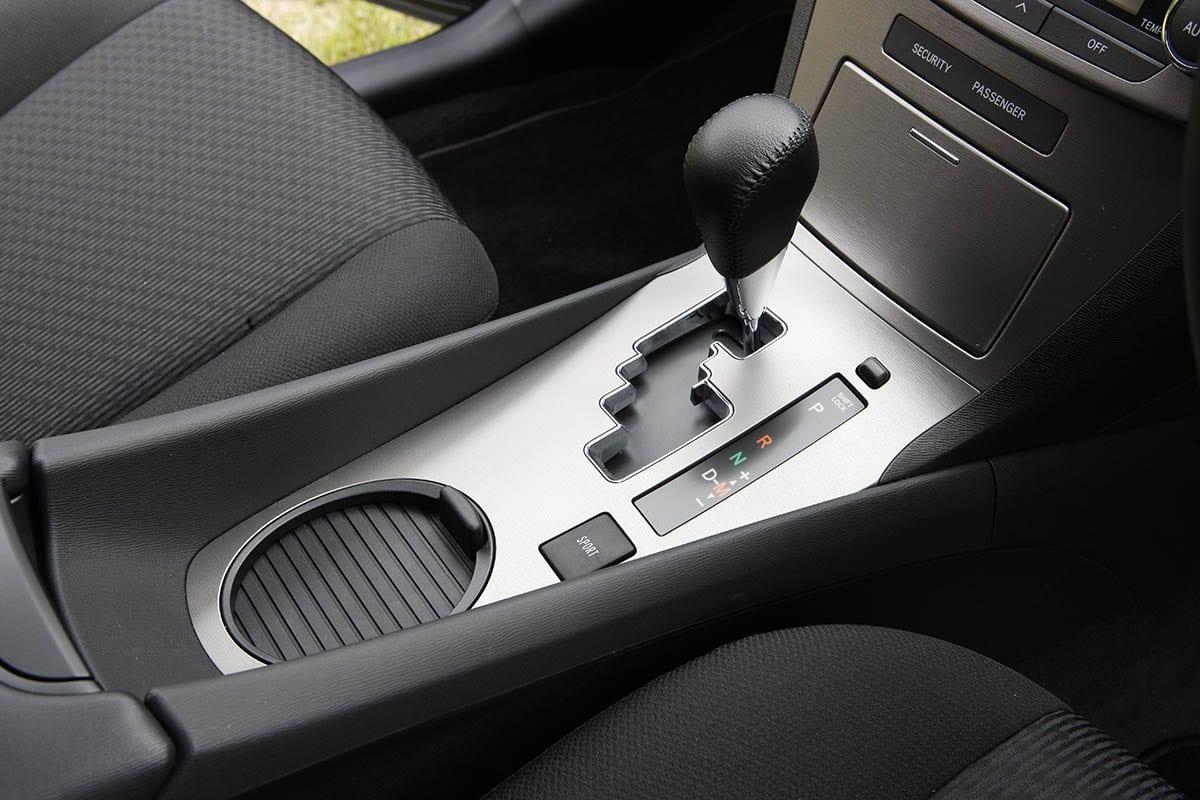 トヨタ・アベンシス(2011年6月~2012年2月)|中古車選びに役立つ「当時モノ」新車レビュー&試乗記