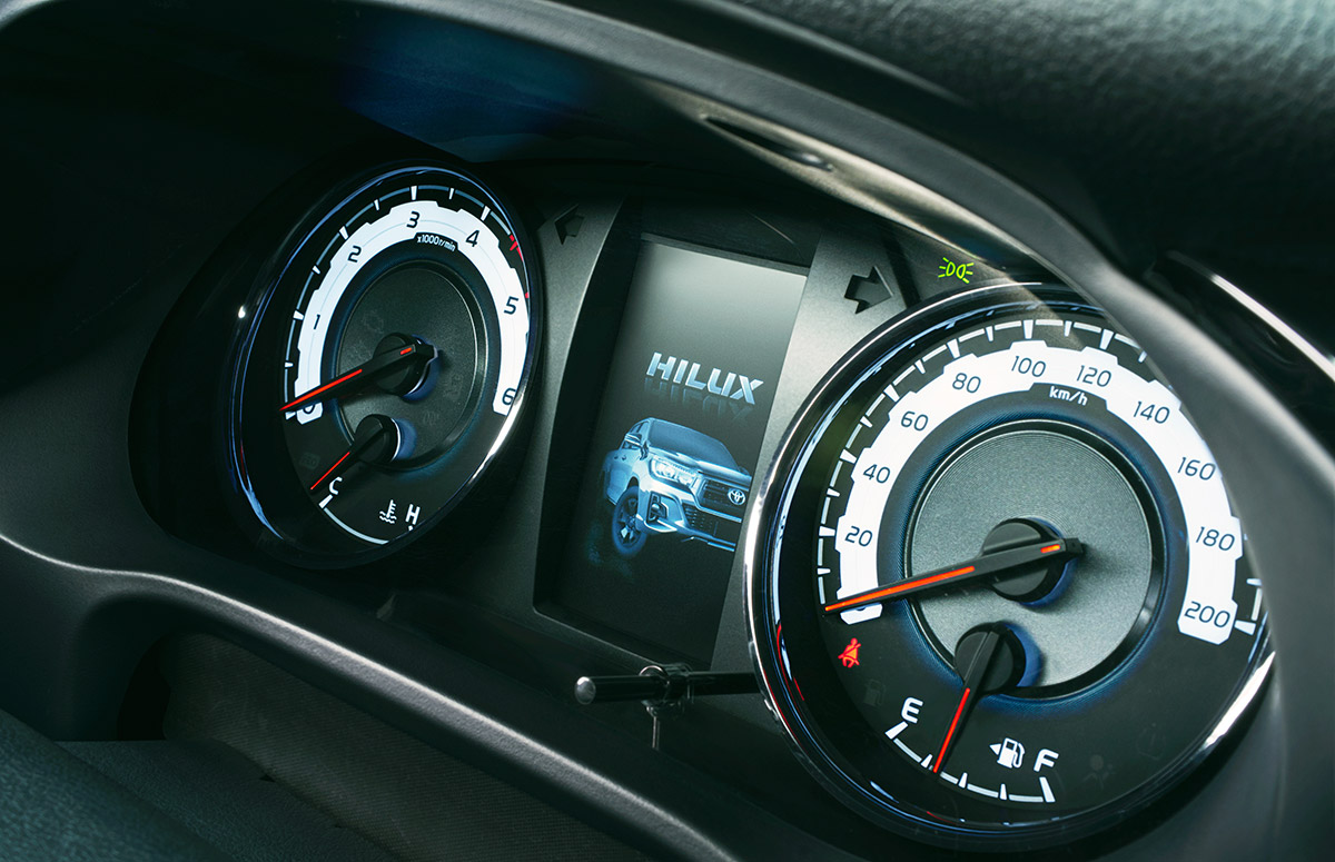 """トヨタ「ハイラックス」誕生50周年記念の特別仕様車「Z""""Black Rally Edition""""」設定"""