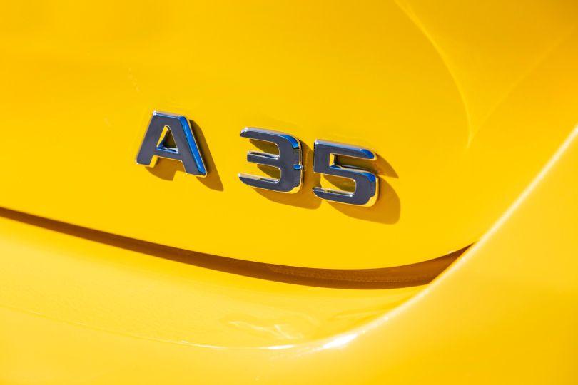 最高出力は300ps超! 過激な新型Aクラスの全貌がわかった!──メルセデスAMG A35 4マチック登場