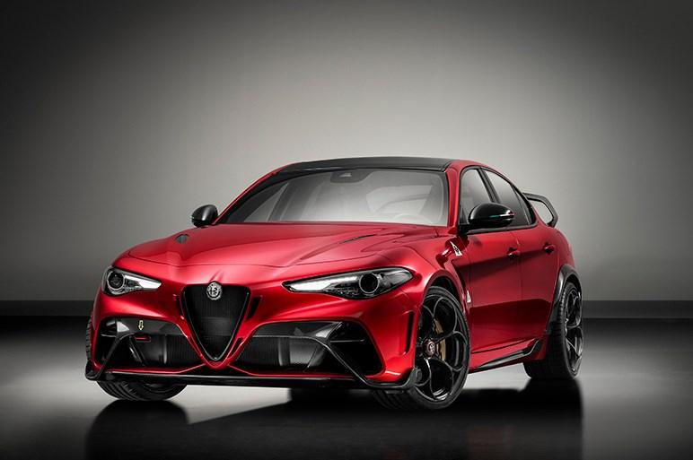 アルファロメオ ジュリアに世界500台、100kg軽量な頂点モデルのGTAと究極版のGTAmが登場