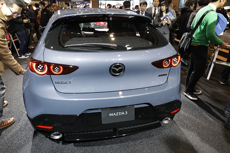 【東京オートサロン2019】マツダ3の実車で確認。コンセプトの迫力は再現されたのか?